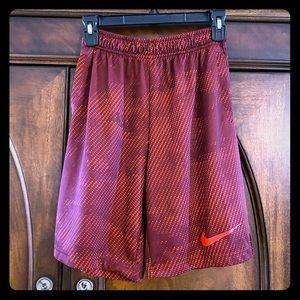 Nike Youth Boys XL Dri-fit Basketball Shorts